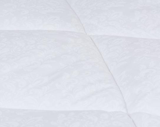Metz Tek Kişilik Jakar Baskılı Mikrofiber Yorgan - Beyaz