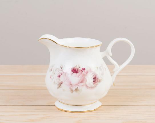 3'lü Porselen Çay Takımı