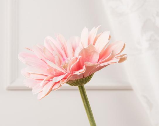 Dekoratif Yapay Çiçek Pembe Gerbera 57cm