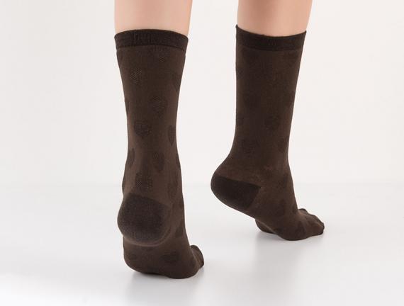 Kalp Desenli Kadın Çorabı - Kahve