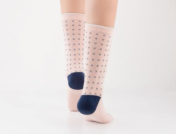 Simli Soket Kadın Çorabı - Pudra