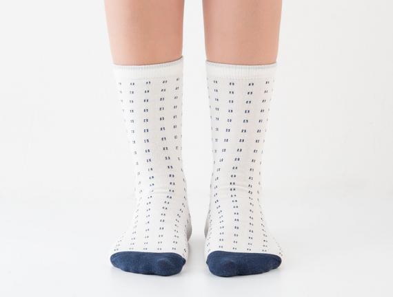 Simli Soket Kadın Çorabı - Ekru