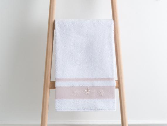 Bordürü Nakışlı Havlu 50x76cm - Beyaz/Pudra
