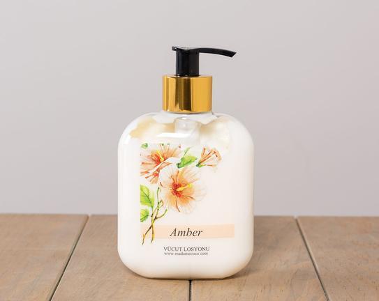Çiçek Serisi Amber Kişisel Bakım Seti
