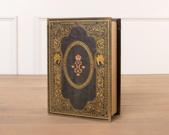 XIII Ahşap Kitap Kutusu