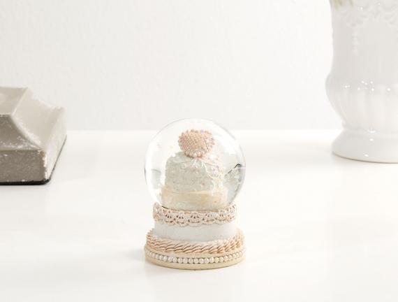 Cam Küre Düğün Pastası
