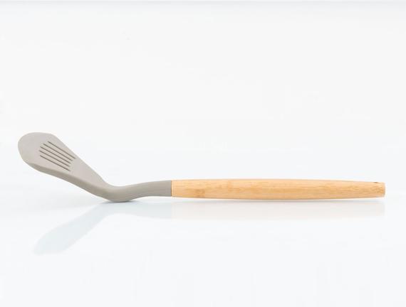 Bambu Saplı Oluklu Kızartma Spatulası