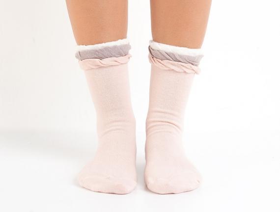 Bayan Fırfırlı Soket Çorap