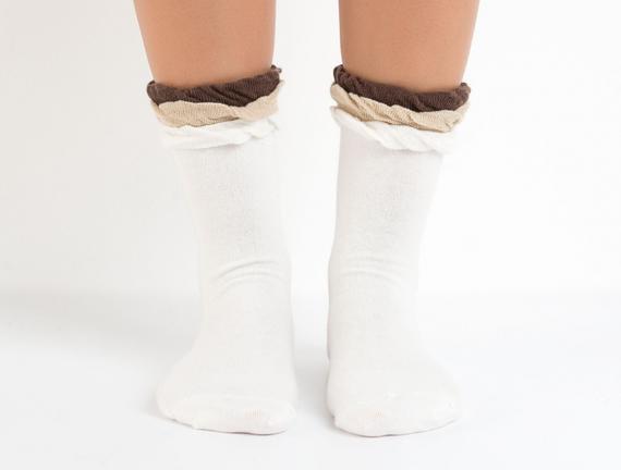 Bayan Fırfırlı Soket Çorap - Ekru
