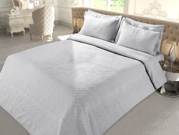 La Belle Epoque 4 Tk. Örme Yatak Örtüsü 160x240+60x80cm