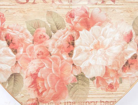Çiçek Desenli Kalp Tepsi