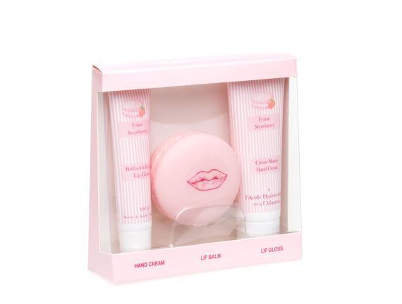 Macaron Kozmetik Seti El Kremi 30 ml + Dudak Balsamı 10 g + Dudak Parlatıcısı 15 ml Strawberry (Çilek)