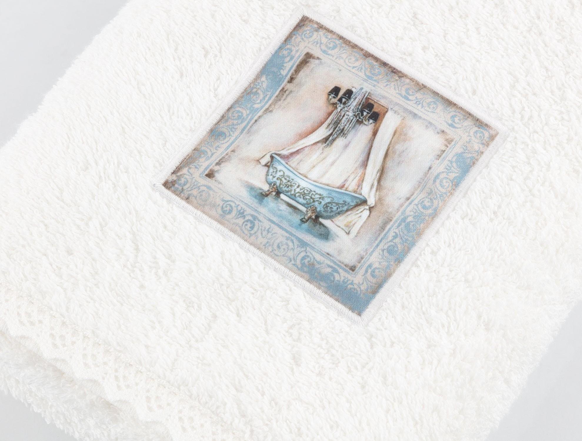 baignoire bleue dijital bask l nak l havlu ekru. Black Bedroom Furniture Sets. Home Design Ideas