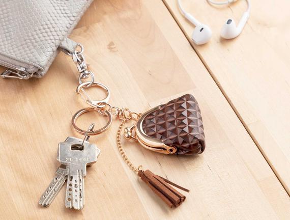 Çanta Figürlü Anahtarlık - Kahverengi