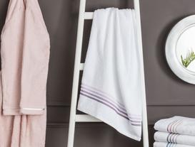 Ruban Armürlü Banyo Havlusu - Beyaz / Mürdüm
