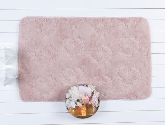 Fleur De Lys Bath Mat - Powder