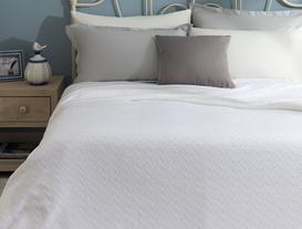 Lundi Çift Kişilik Yatak Örtüsü - Beyaz