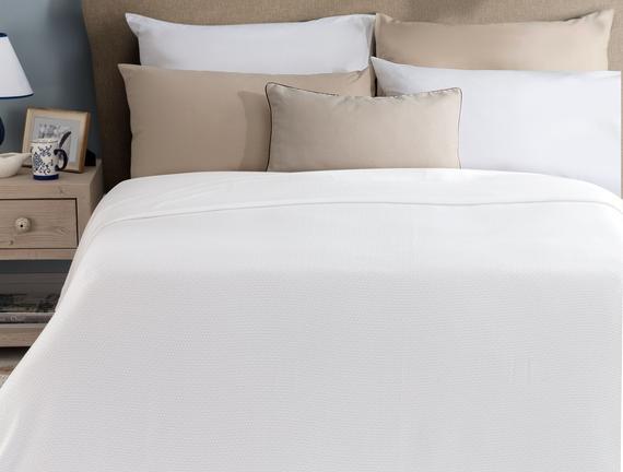 Mardi Çift Kişilik Yatak Örtüsü - Beyaz