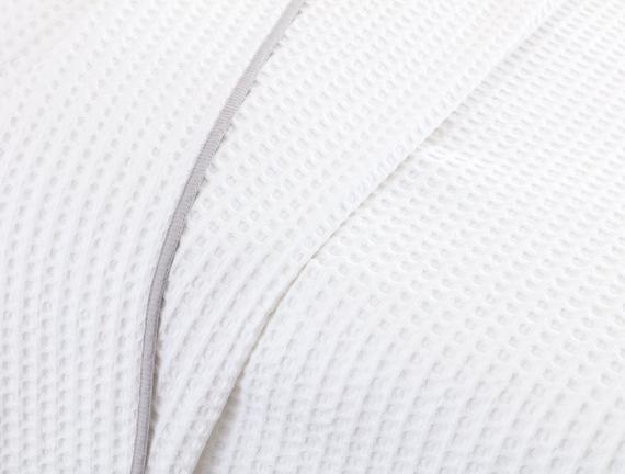 Dimanche Çift Kişilik Gofre Pike - Beyaz / Gri