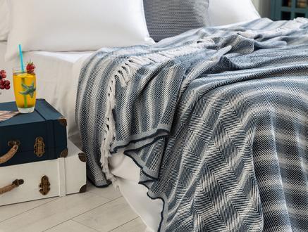 Jeudi Çift Kişilik Yatak Örtüsü - Mavi
