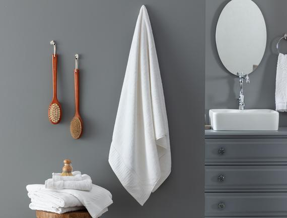 Piano Armürlü Banyo Havlusu - Beyaz - 80x150 cm