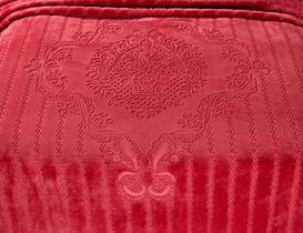 Oisemont Çift Kişilik Emboss Battaniye - Kırmızı