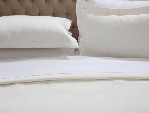 Fortune Çift Kişilik Yatak Örtüsü - Beyaz