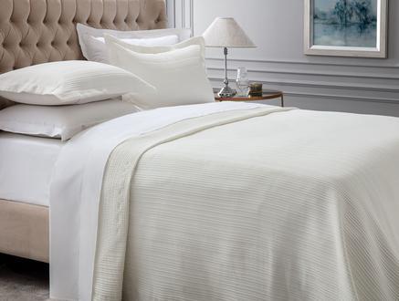Drury King Size Yatak Örtüsü - Beyaz