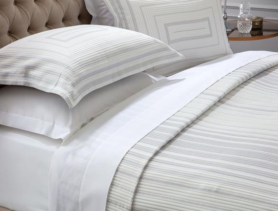 Drury King Size Yatak Örtüsü  Takımı - Beyaz/Gri