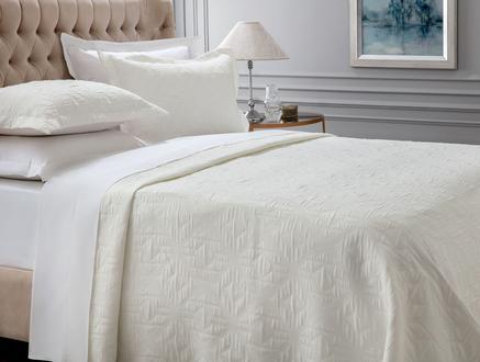Iven Çift Kişilik Yatak Örtüsü - Beyaz