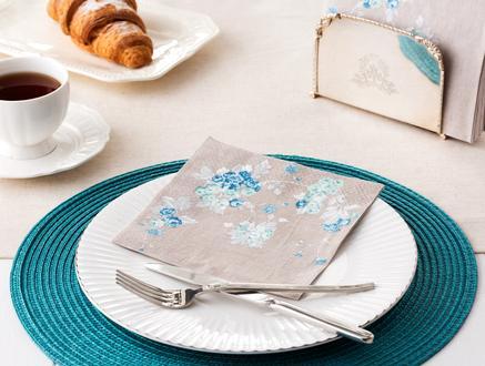 Mavi Çiçek Desenli Peçete - Bej