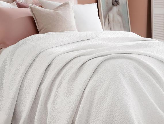 Eugenia Tek Kişilik Yatak Örtüsü - Beyaz