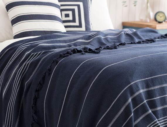 Alegron Tek Kişilik Yıkamalı Yatak Örtüsü - Indigo / Beyaz