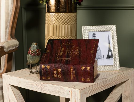 Karole Küçük Kitap Kutusu