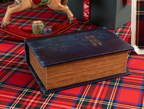 Laurance Küçük Kitap Kutusu