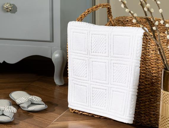 Noemine Ayak Havlusu - Beyaz - 50x80 cm