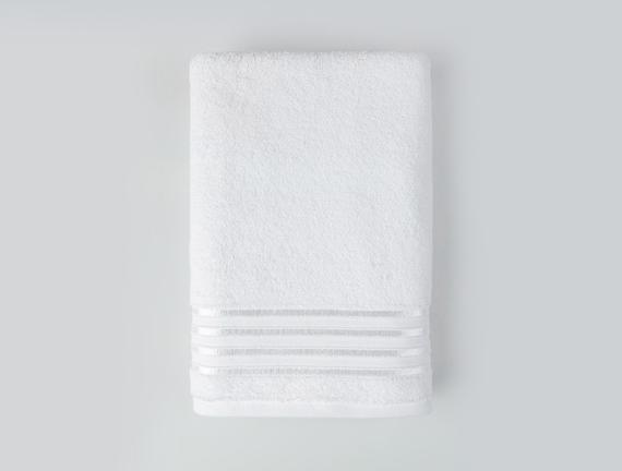 Maynor Bordürü Floşlu Banyo Havlusu - Beyaz - 70x140 cm