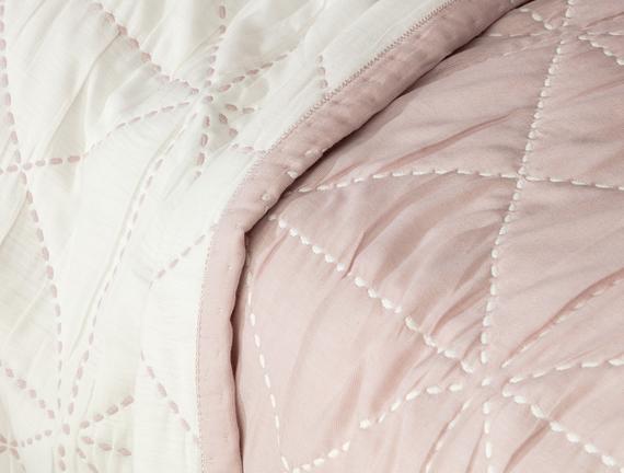 Delphine Çift Kişilik Yatak Örtüsü - Açık Mürdüm