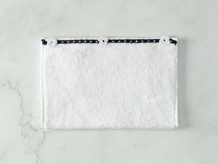 Bernice Kroşeli El Havlusu - Beyaz / Lacivert - 30x40 cm