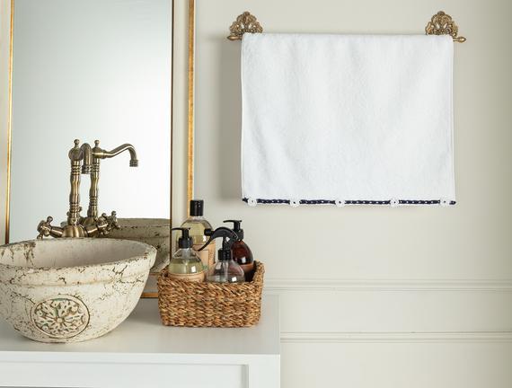 Bernice Kroşeli Yüz Havlusu - Beyaz / Lacivert - 50x70 cm
