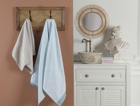 Diandra Jakarlı Banyo Havlusu - Mint/Beyaz - 70x140 cm