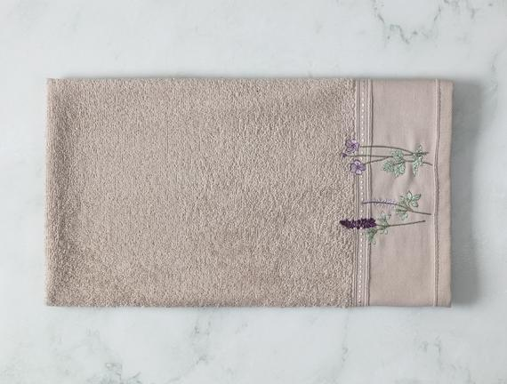 Lavande Nakışlı Yüz Havlusu - Taş - 50x80 cm