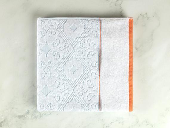 Aluin Jakarlı Banyo Havlusu - Mint / Beyaz - 70x140 cm