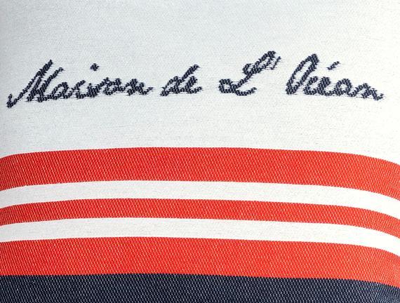 Chamonix Kırlent Kılıfı - Lacivert / Kırmızı - 45x45 cm