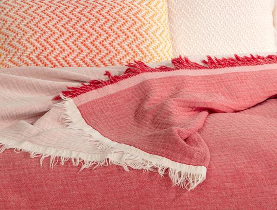 Florinda Çift Kişilik Müslin Yatak Örtüsü - Kırmızı