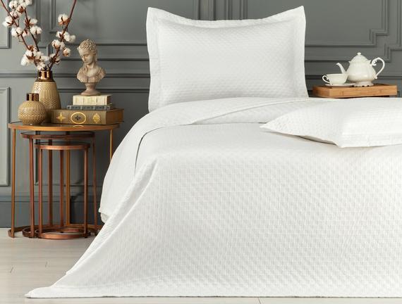 Aida King Size Yatak Örtüsü - Beyaz