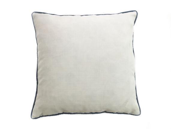 Clair Kırlent Kılıfı - Beyaz / Lacivert - 43x43 cm