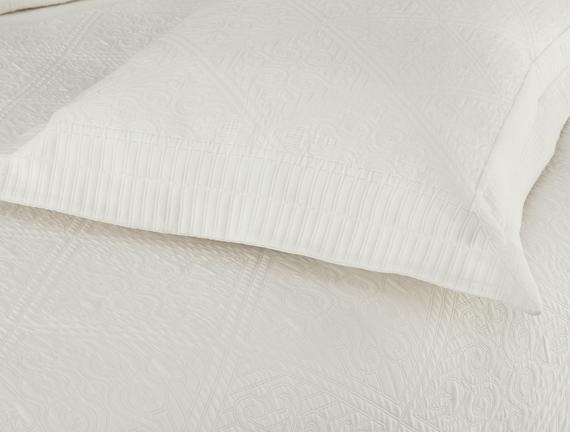Jeanne Tek Kişilik Yatak Örtüsü - Beyaz