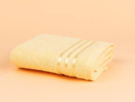 Maynor Bordürü Floşlu Yüz Havlusu - Açık Sarı - 50x80 cm