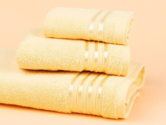 Maynor Bordürü Floşlu Banyo Havlusu - Açık Sarı - 70x140 cm